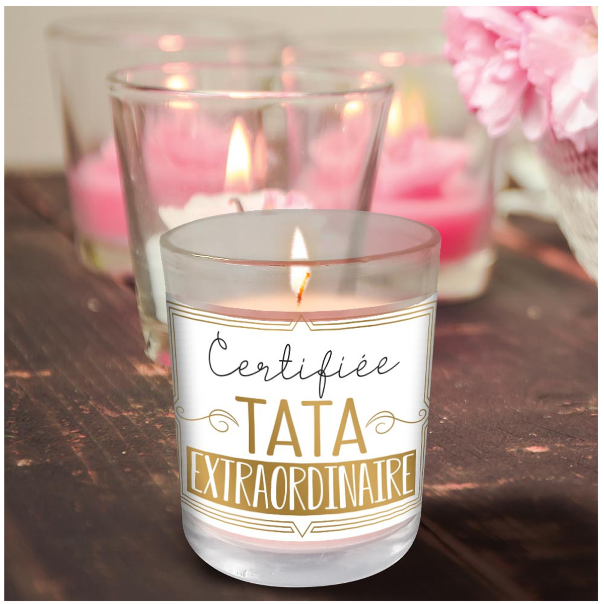 Bougie parfumée \'Certifiée Tata Extraordinaire\' - 92x70 mm (vanille) - [R3994]