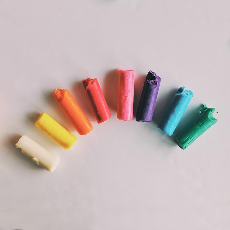 Pâte à modeler végétale qui ne sèche pas - 8 couleurs