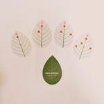 jeu de cartes en forme de feuilles