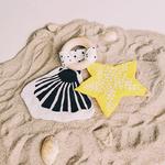 hochet bébé étoile et coquillage
