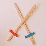 épée médiévale en bois enfant