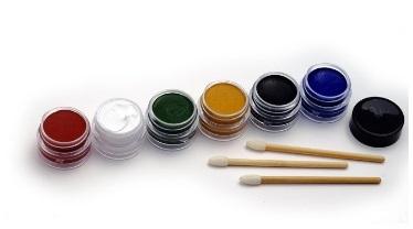 maquillage-Natural-Face-Paint-à-lunité