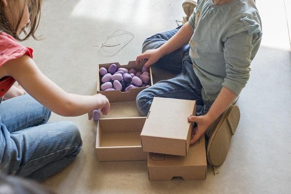 mandala-petits-oeufs-violets-lot-de-36-grapat-2