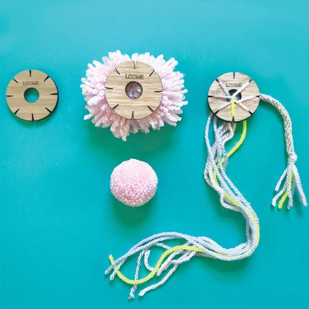 Fleur à tricoter + modèle pour pompon LOOME
