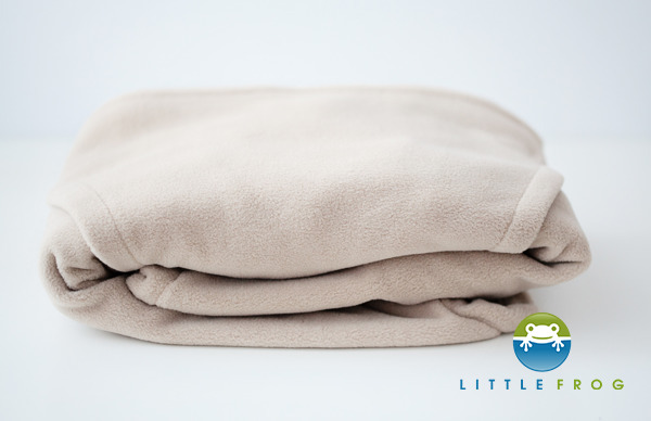 eng_pl_Little-Frog-Fleece-Cover-Cosy-Frog-BEIGE-4066_1-1