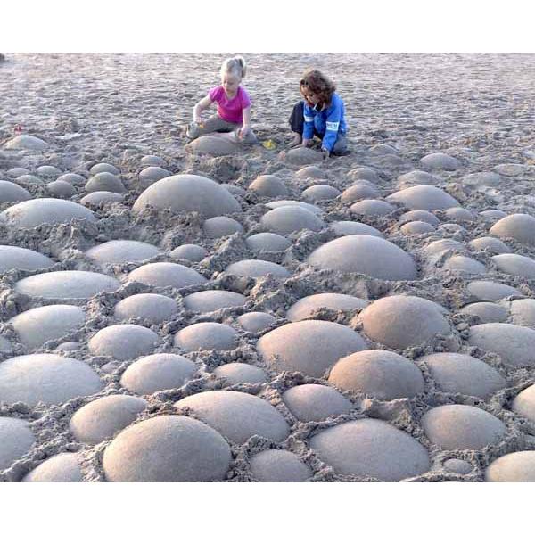 sandshapers-sculpture-1