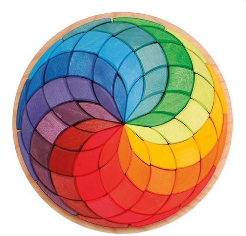 Grande spirale mosaïque de couleurs Grimm\'s