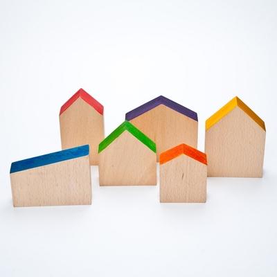 6 Maisons de différentes tailles en bois Grapat