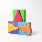 blocs-de-construction-en-escalier-arc-en-ciel-grimms