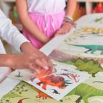Jeu-educatif-Poppik-Puzzle-Stickers-Autocollants-affiche-dinosaures-7