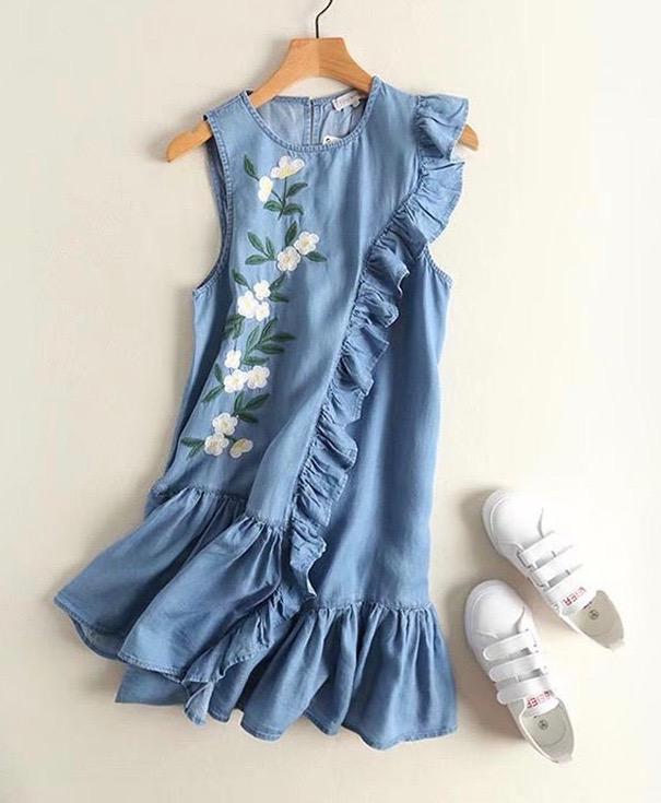 Robe jean courte brodée fleurs boho bohème chic DRESS1577