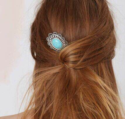 Pique chignon turquoise boho bohème chic hair0389