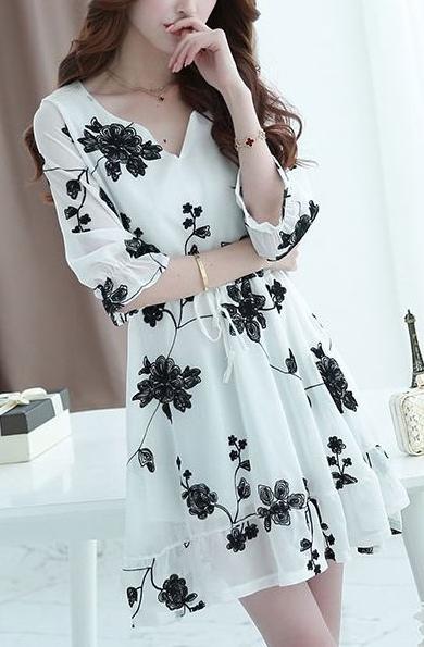 Robe fleurs noires brodées boho boheme chic dress0876