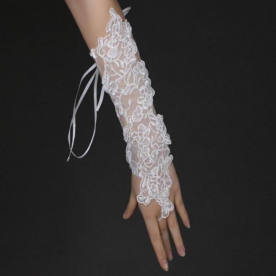 Gants mariage 1 doigt tulle boho boheme chic gloves0054
