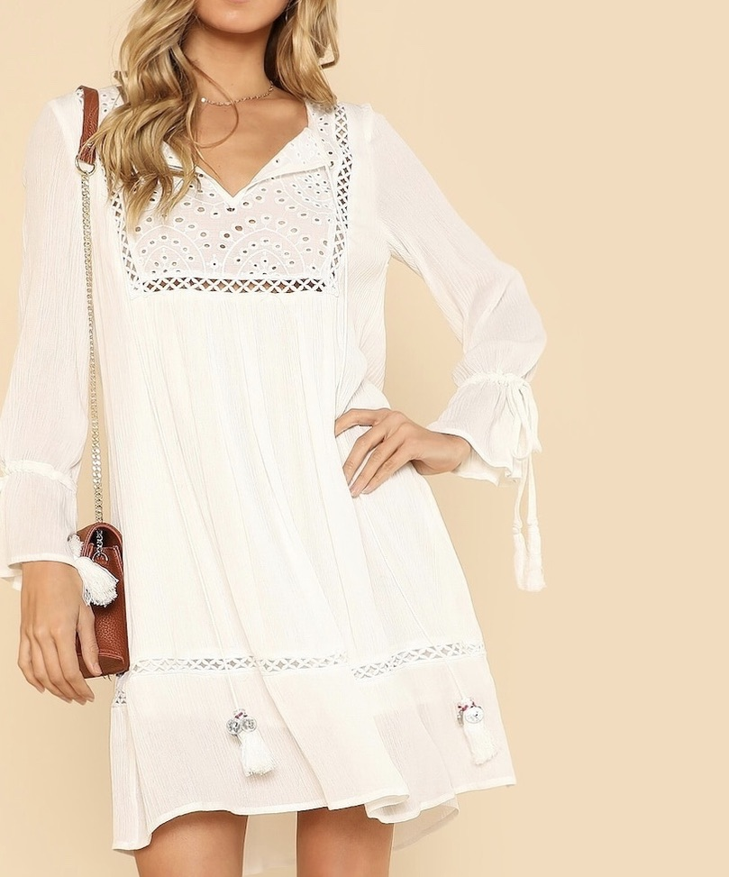 Robe évasée blanche broderie anglaise marque boho bohème chic DRESS1671