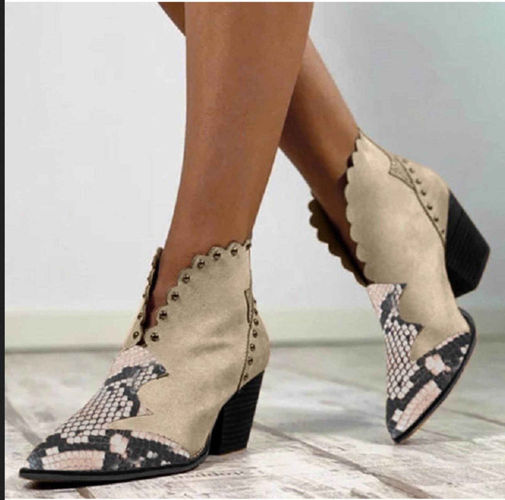 Chaussures bottillons rivets boho boheme chic SHOES0094
