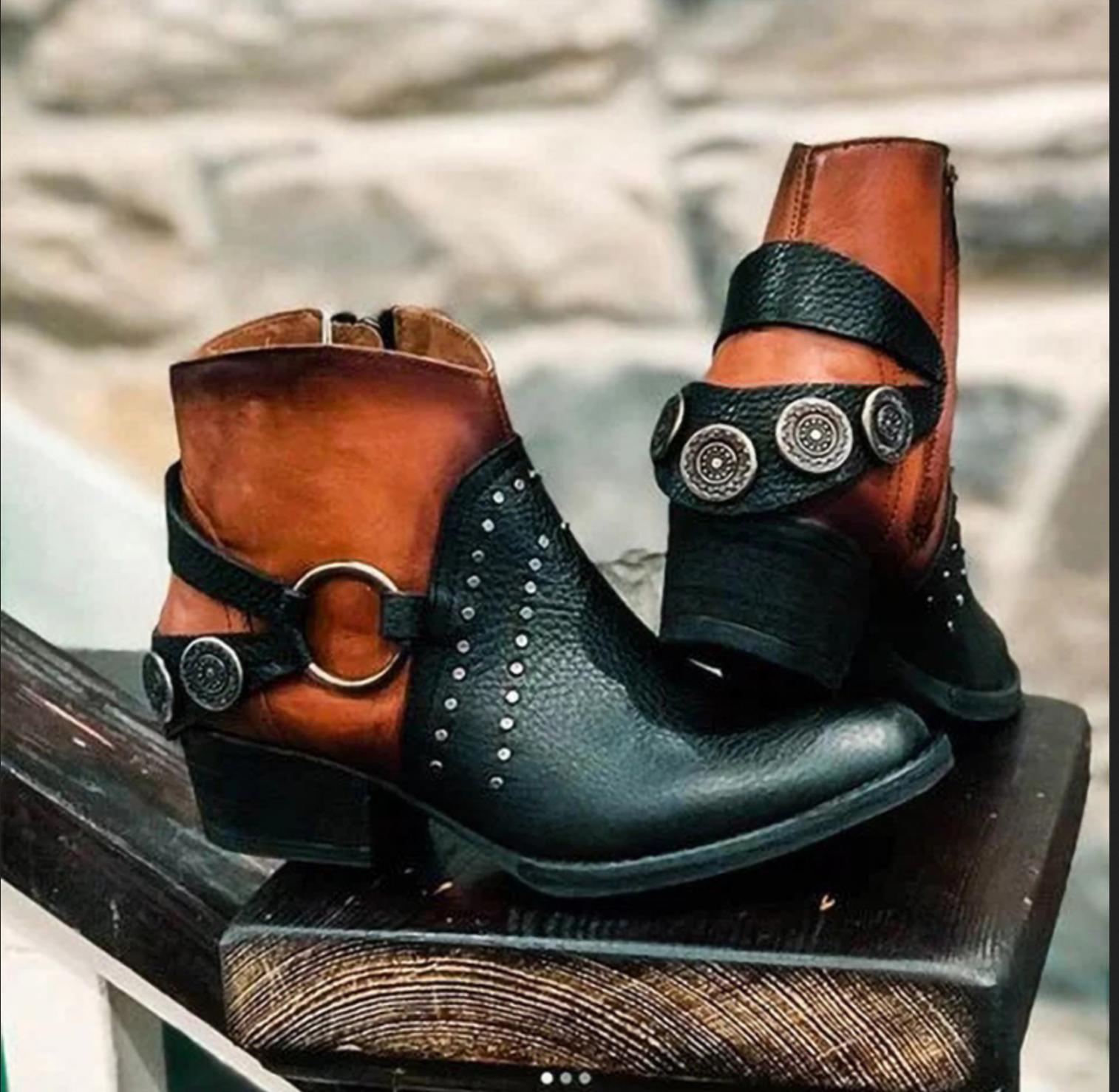 Boots bout pointu clouté boho boheme chic SHOES0096