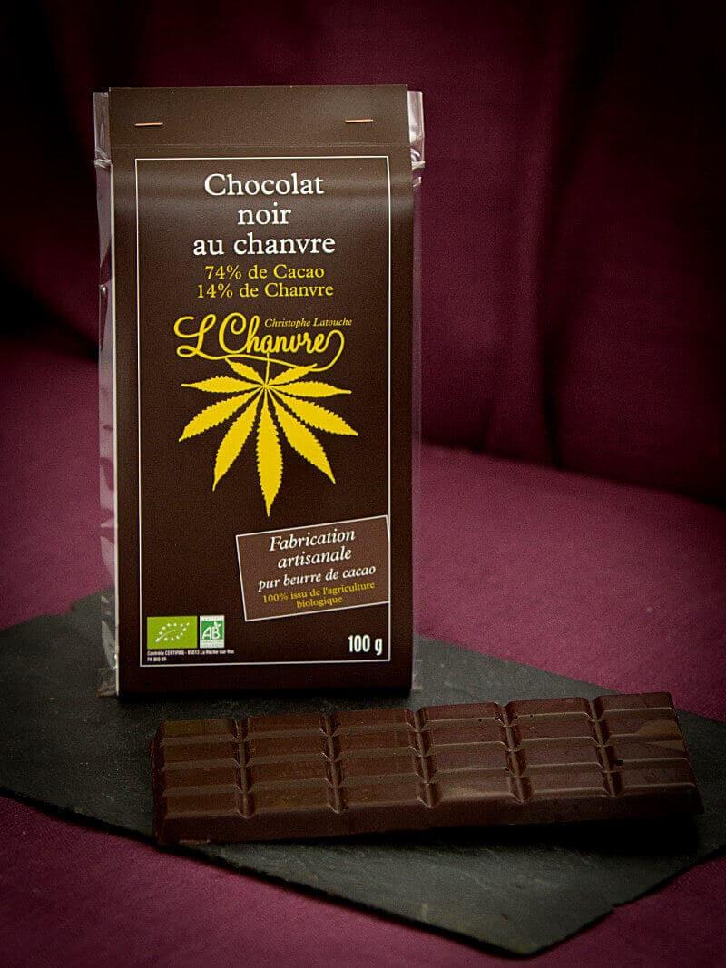 Chocolat noir artisanal au chanvre biologique