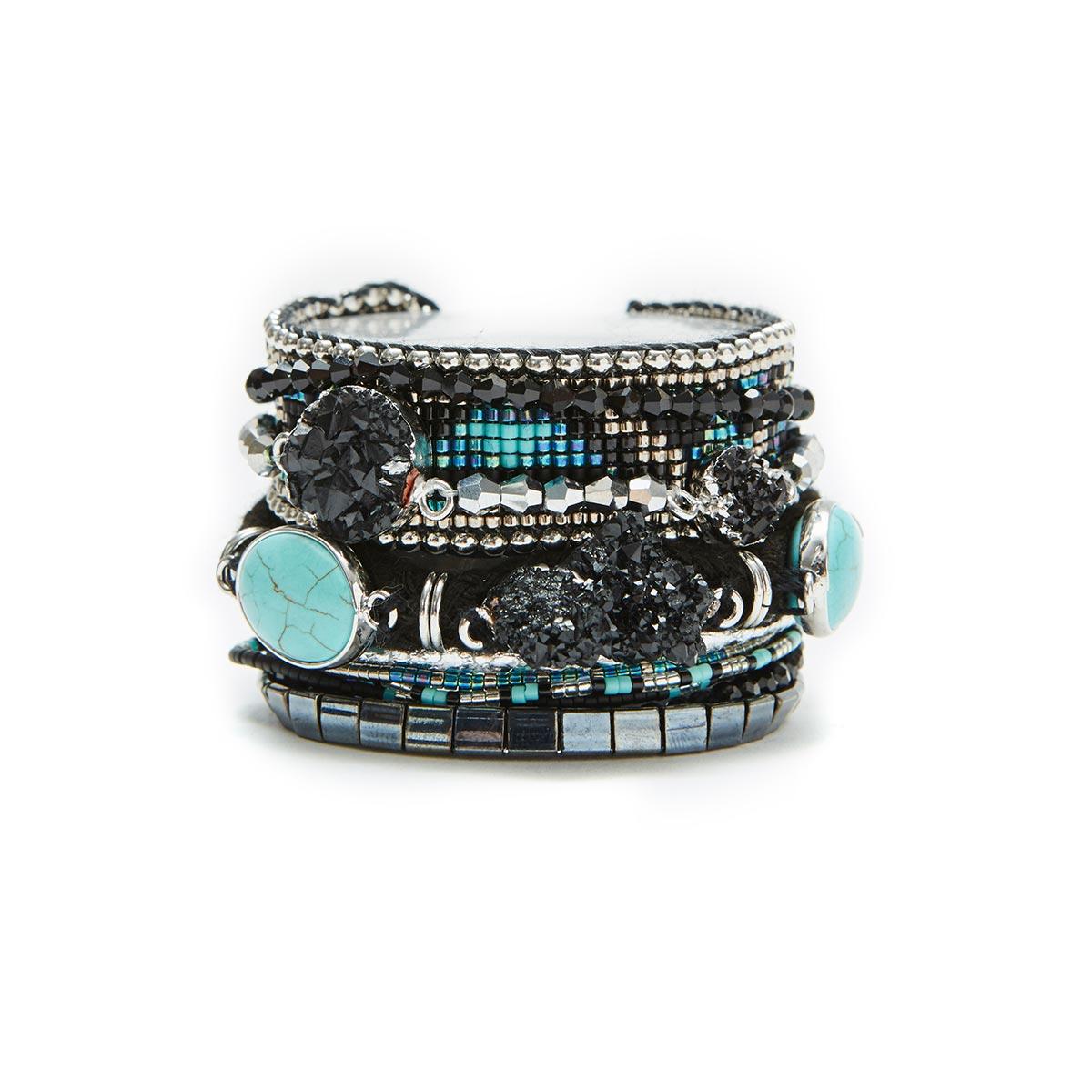 bracelet manchette br silienne hipanema vente en ligne bijoux. Black Bedroom Furniture Sets. Home Design Ideas