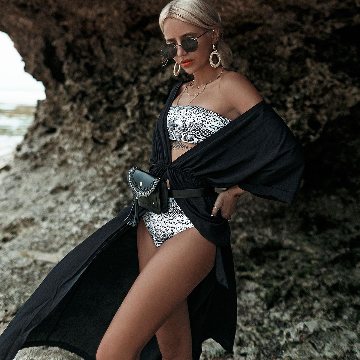 Robe de plage fendue noire style kimono The rock