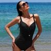 beau-maillot-de-bain-noir-amincissant-rivage-6503075