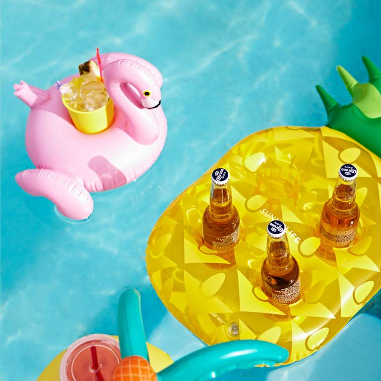 bouée-porte-boisson-ananas