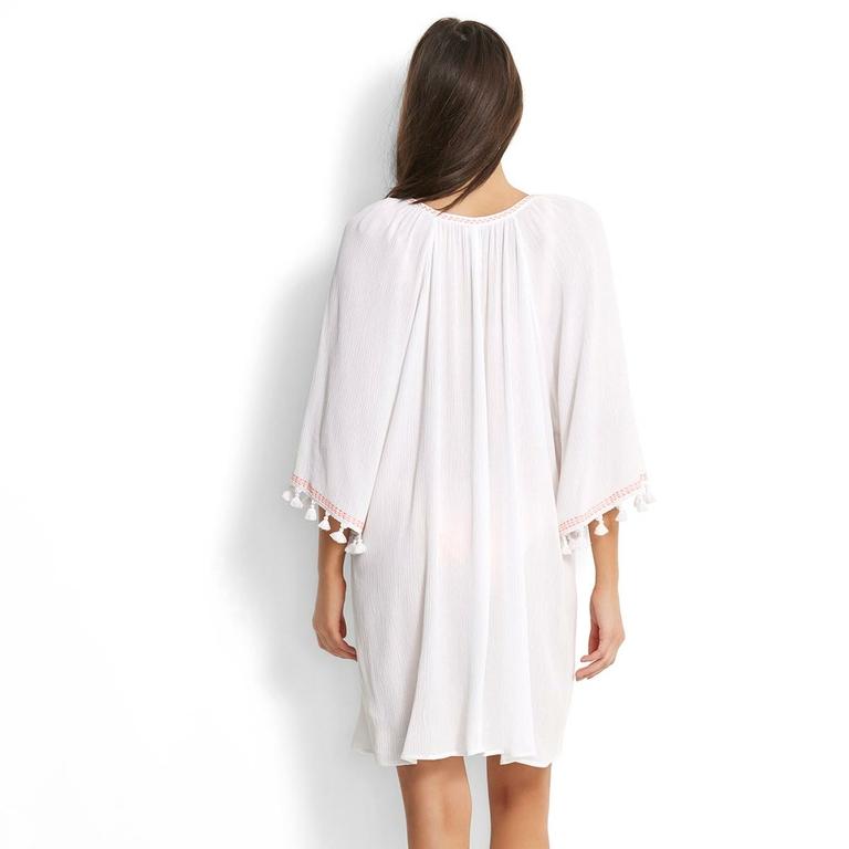 robe-tunique-de-plage-blanche-à-pompon_53203-dos
