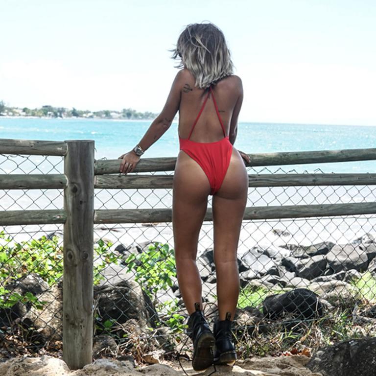 maillot-de-bain-rouge-noholita-sexy-dos