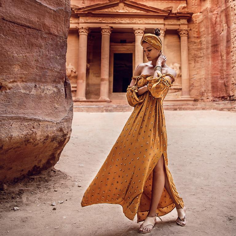 longue-robe-bohème-jaune-safran_GEMMA