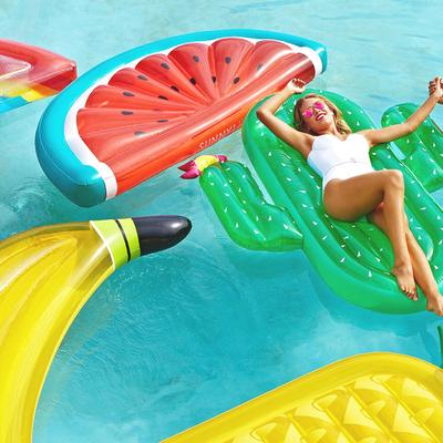 Bouées-plage-originales-piscine-Lifestyle