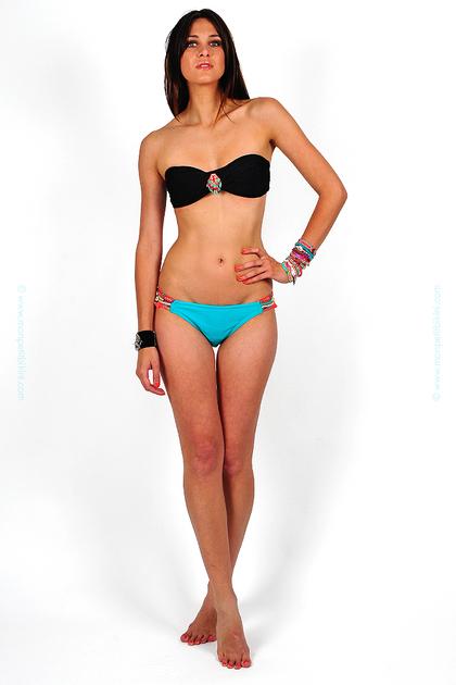 hipanema-noir-bleu-turquoise-mix-and-match-maillot-de-bain-femme-deux-piece-bandeau-qui-tourne-twist-torsade-culotte-taille-basse-bracelet-bresilien-perle-rocaille-fait-main-unique-0791905001371564484