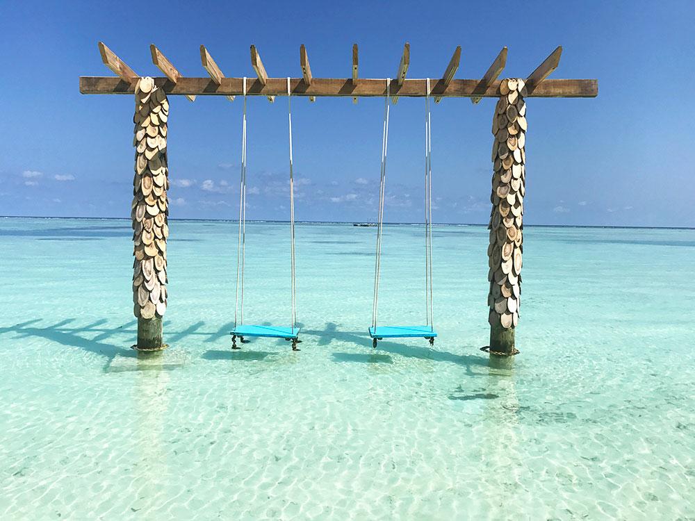 Ile-Maldives-Plage-Paradis-Balancoire