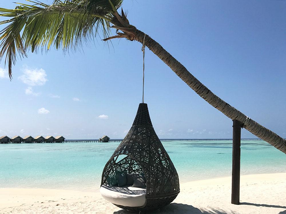 Cocoon-Maldives-Plage-Eau-Turquoise