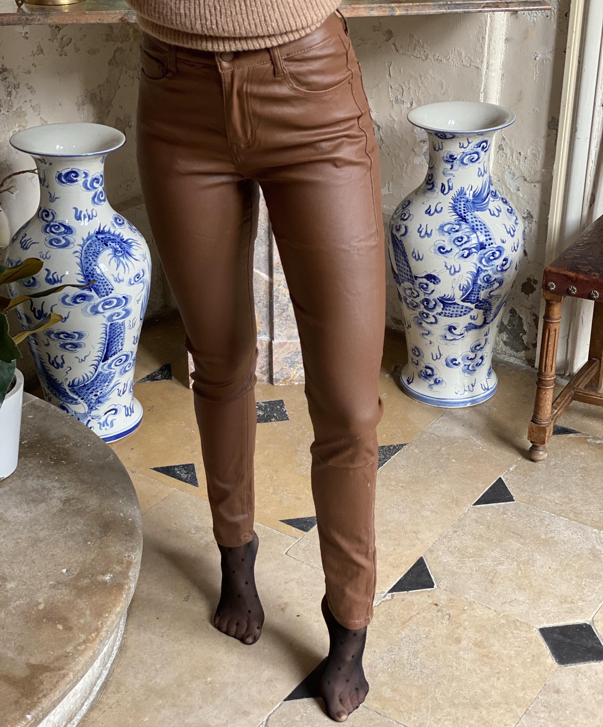 Pantalon slim VOGGO simili camel
