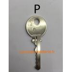 Clés PTT supplémentaires : 10P + 10F + 15J + 20T +3 clés batteuse