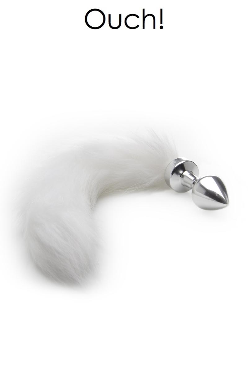 Plug anal queue de renard blanche de la marque Ouch! Plug en métal chromé accompagné d'une queue en fausse fourrure blanche - oohmygod