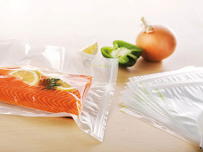 saumon avec sachets sous vide
