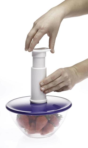 lot de 5 couvercles adaptables sur casseroles pots pour mise sous vide fourni avec la pompe. Black Bedroom Furniture Sets. Home Design Ideas