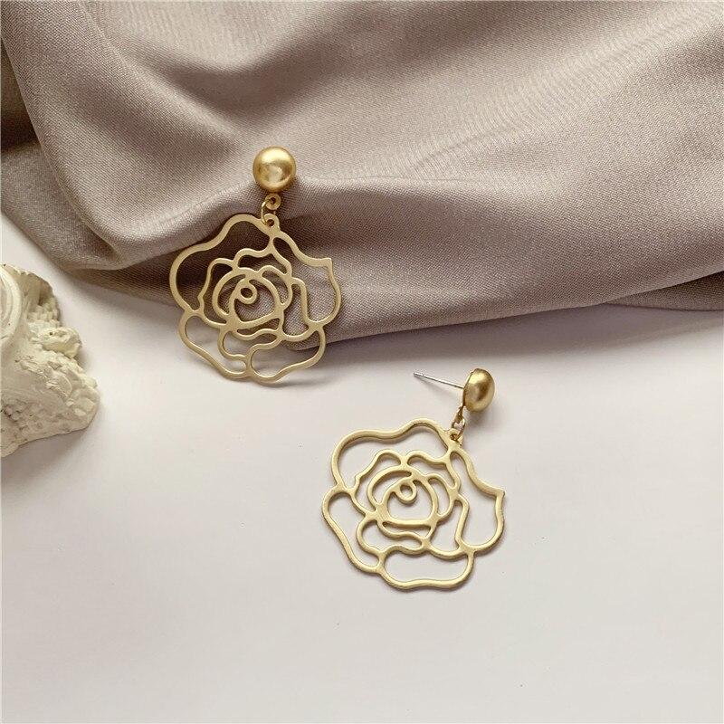 Boucles D\'oreilles Fleur Rose creuses