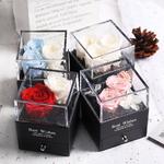 Boite_a_bijoux_roses_eternelles_rouge_bleu_rose