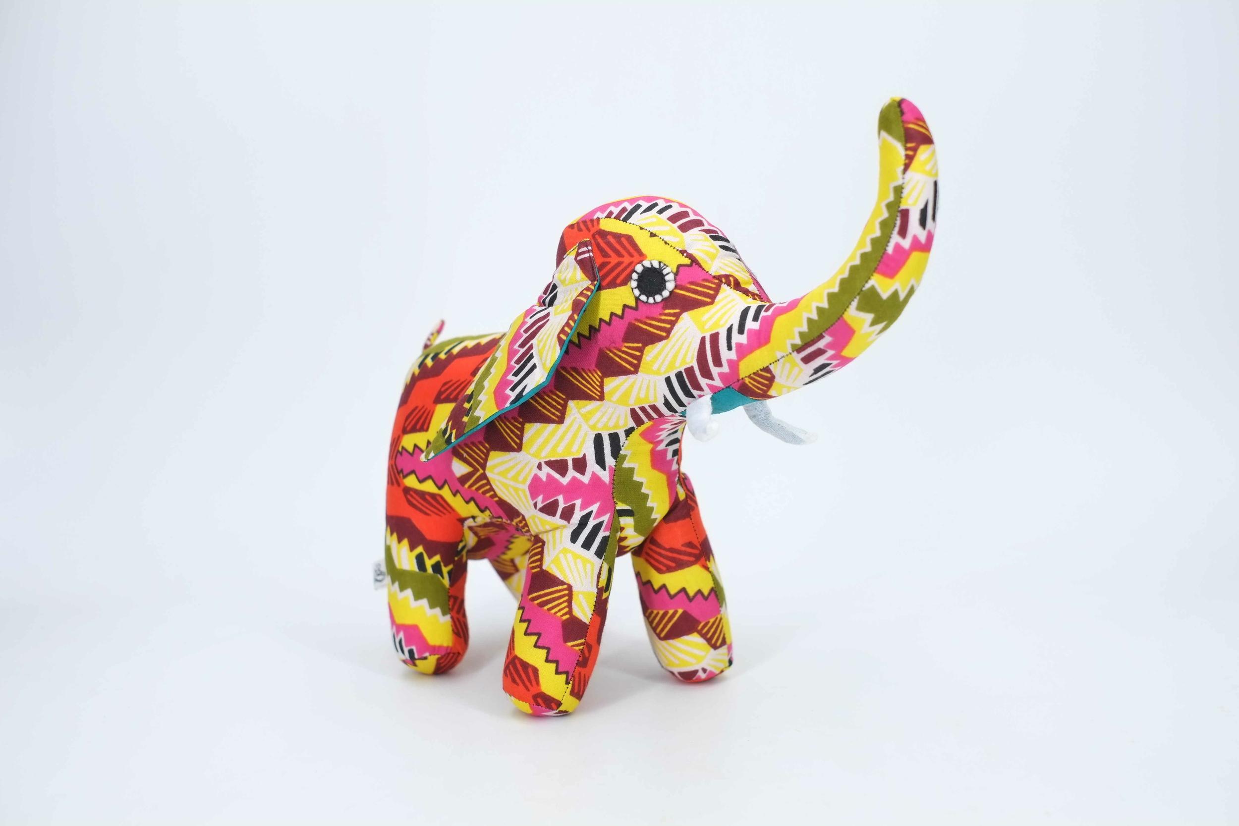 Elephant décoratif en wax du Sénégal