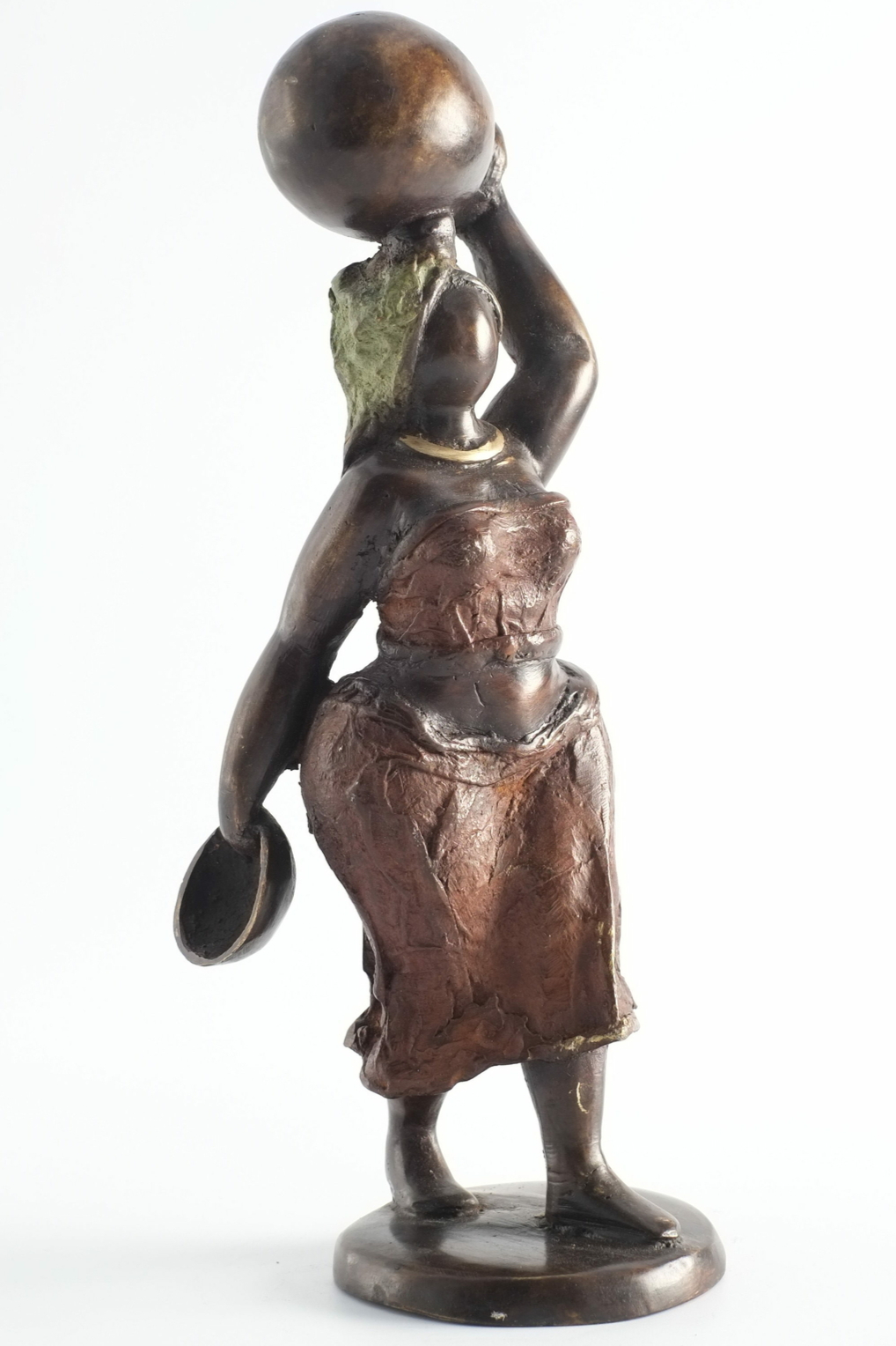 Statue de femme en bronze du Burkina Faso - VENDUE