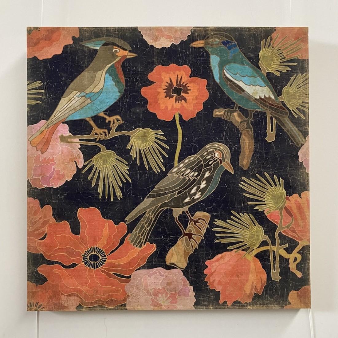 Tableau japonisant aux oiseaux et fleurs rouges - papier froissé marouflé sur cadre bois