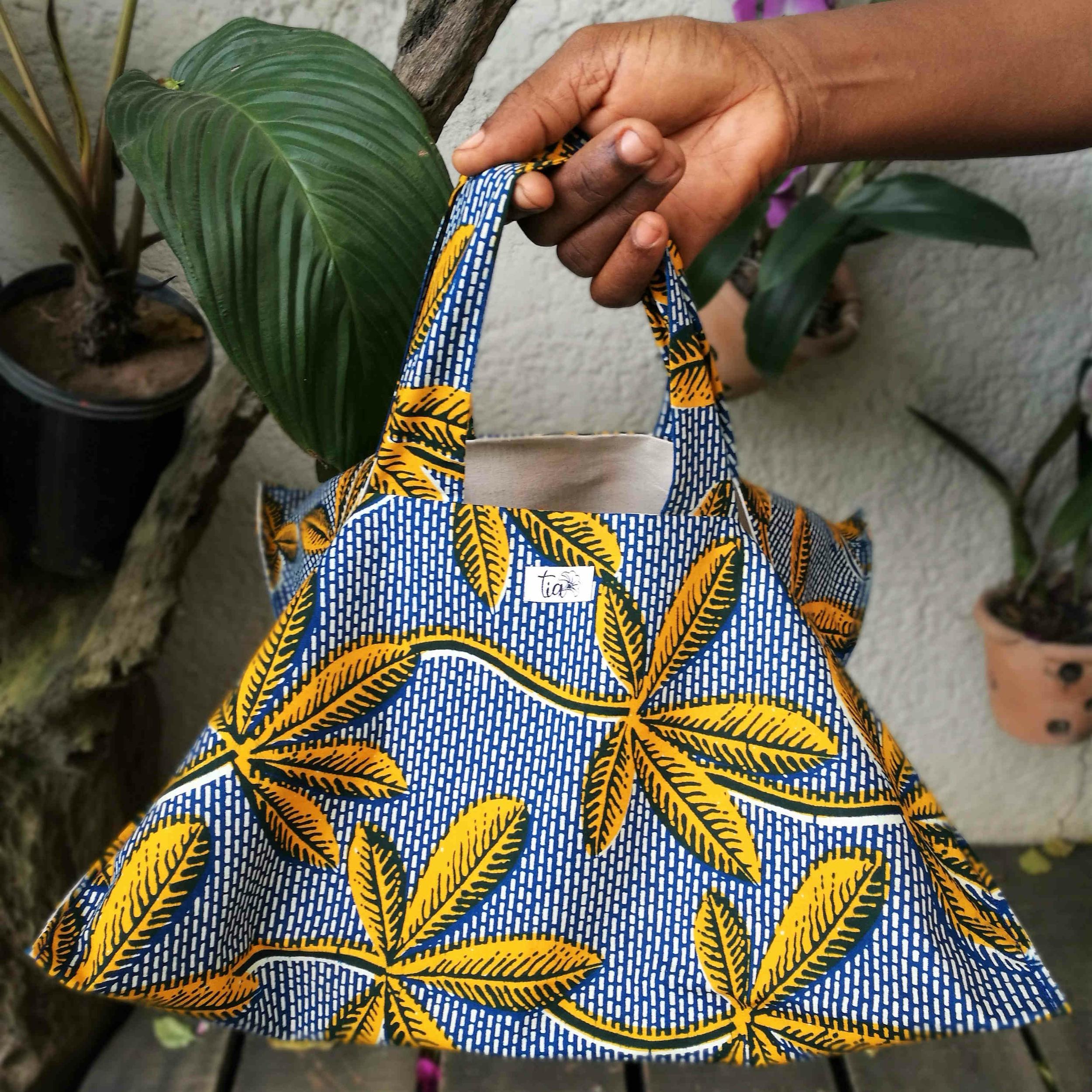 Sac en wax de Cote d\'Ivoire pour transport de tarte