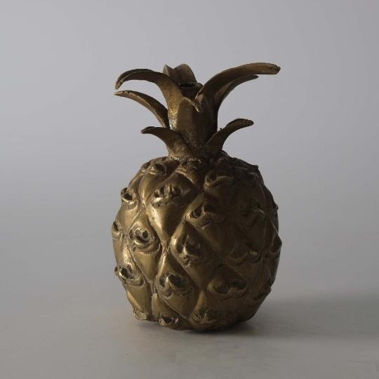 Ananas en bronze