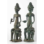 Couple assis en bronze