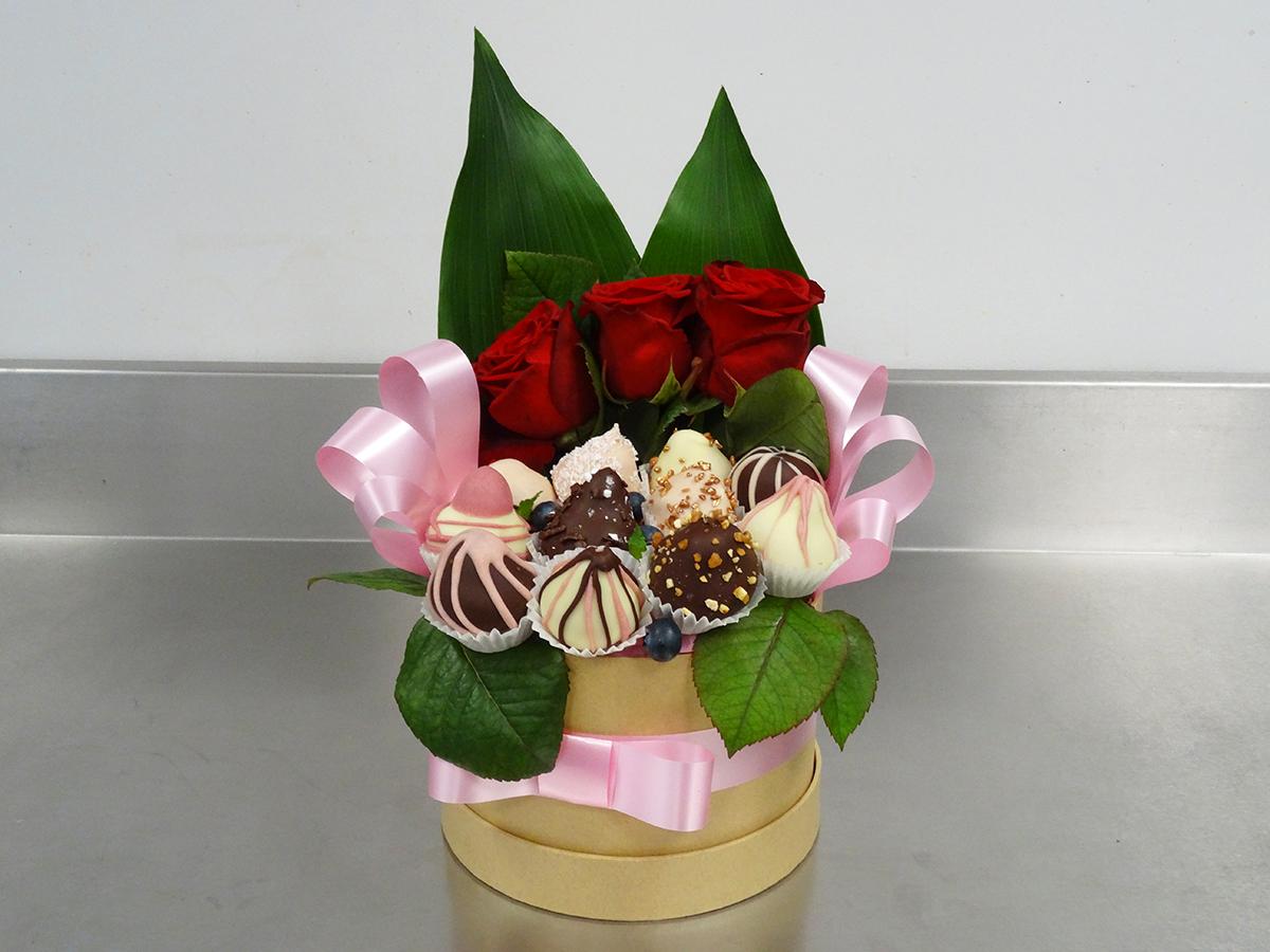 Boite de fraises en chocolat Girly