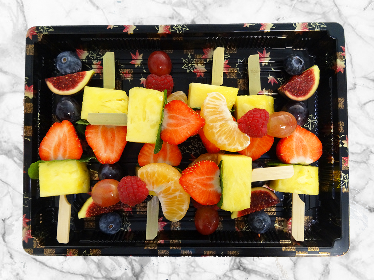 Le plateau de 8 brochettes de fruits