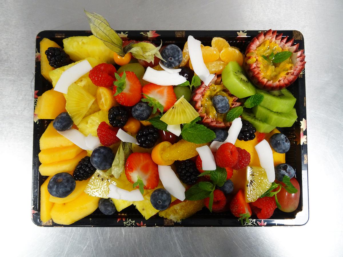 Plateau de fruits tranchés - Moyen