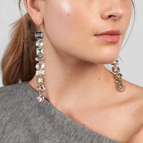 Boucles d\'oreilles pendantes cristaux Montmartre